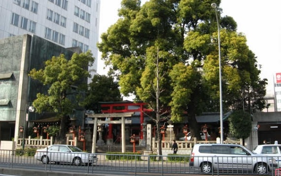名古屋市の上前津にある「春日神社」