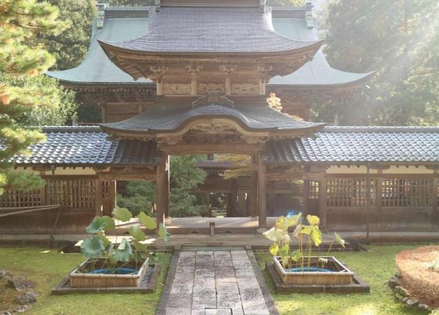 永平寺の中雀門
